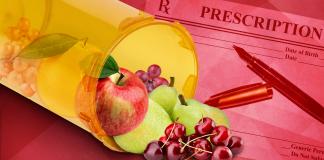 foods for diabetics, fresh fruit in a prescription bottle, fresh food prescriptions for diabetes